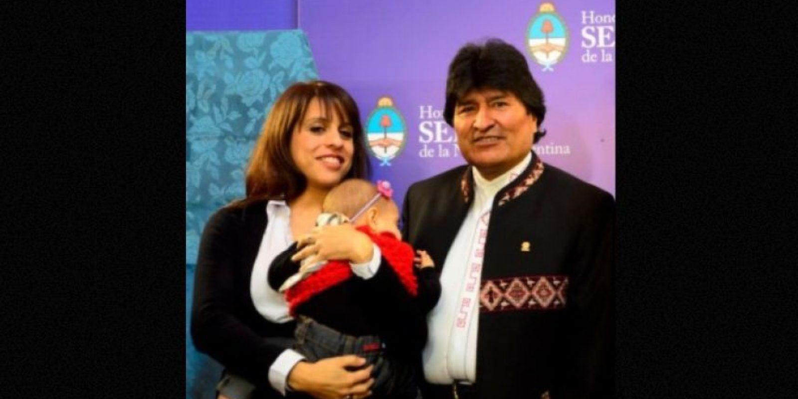"""Durante la visita de Estado del presidente de Bolivia a Argentina, Victoria escribió: """"Ella también escucha a Evo, pero se distrae un poco"""". Foto:Facebook.com/pages/Victoria-Donda-Pérez"""