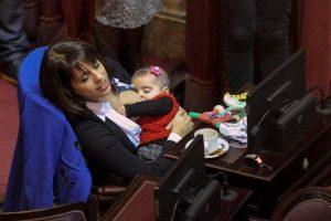 Se llama Victoria Donda Pérez y es diputada nacional en Argentina. Foto:Twitter.com