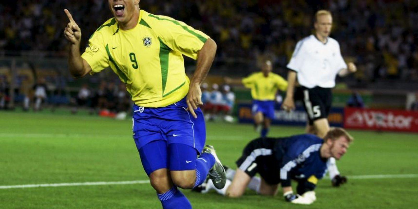 """Es Ronaldo, el """"Fenómeno"""", quien utilizó ese peculiar flequillo en el Mundial de 2002. Foto:Getty Images"""