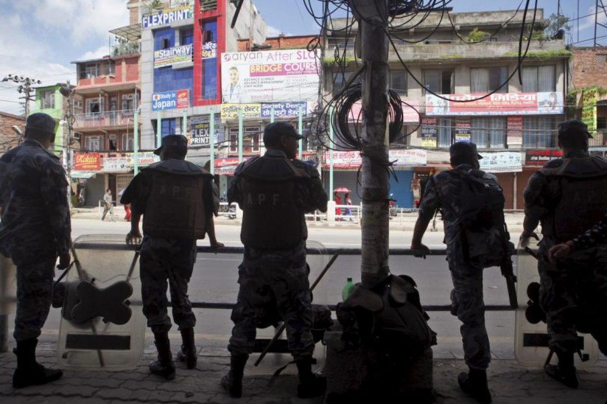 En Nepal un grupo de personas asesinó a un niño de 10 años. Foto:AP