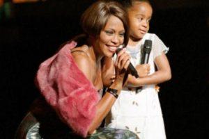 Su madre recibió con ella un premio en público. Foto:vía Getty Images