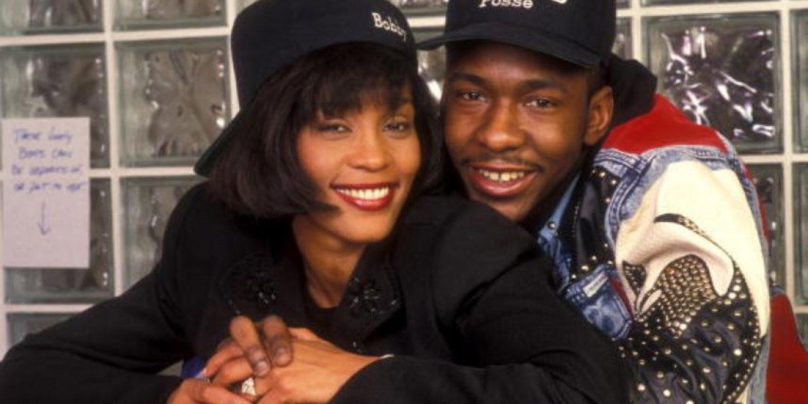 Houston duró 14 años casada con Brown, en una tormentosa relación llena de drogas y violencia. Foto:vía Getty Images