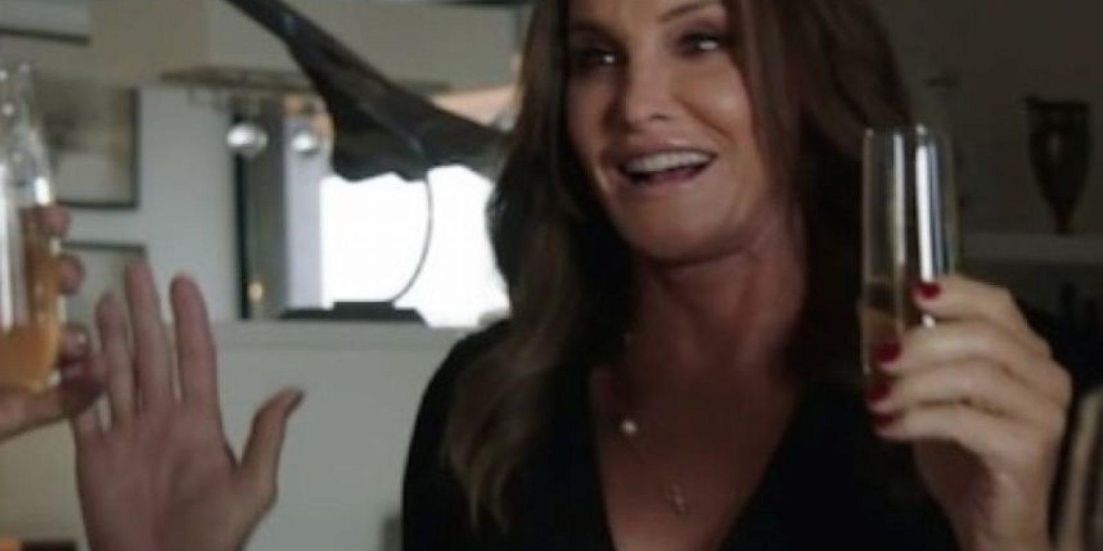 esde su transición, Jenner se había caracterizado por su buen gusto por la moda. Foto:YouTube E! Entertainment