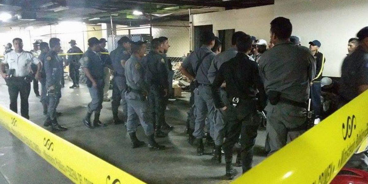 Balacera en sótano de Tribunales deja tres heridos