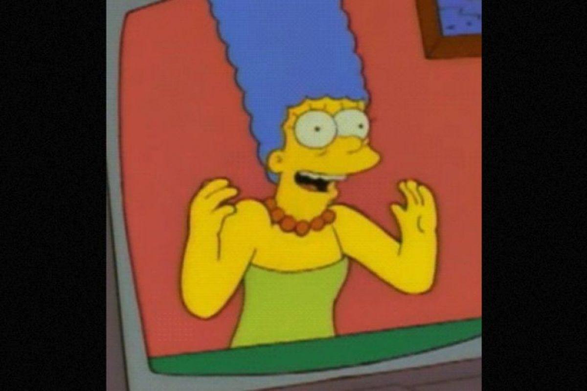 """En el episodio """"La Boda de Lisa"""", en 1995, Marge se comunica por el teléfono a través de la pantalla. Foto:vía FOX"""
