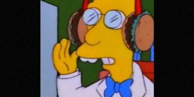 En 1998, el profesor Fink creó unos audífonos de hamburguesa. Foto:vía FOX