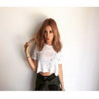 """Caracterizada por su rubio cabello, la ex estrella Disney decidió pintarlo de color """"strawberry bronde"""" Foto:Instagram/AshleyTisdale"""