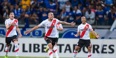 """En octavos de final eliminó a Boca Juniors en medio de un escándalo provocado por un hincha """"xeneize"""" que roció de gas pimienta a los jugadores de River. Foto:Getty Images"""