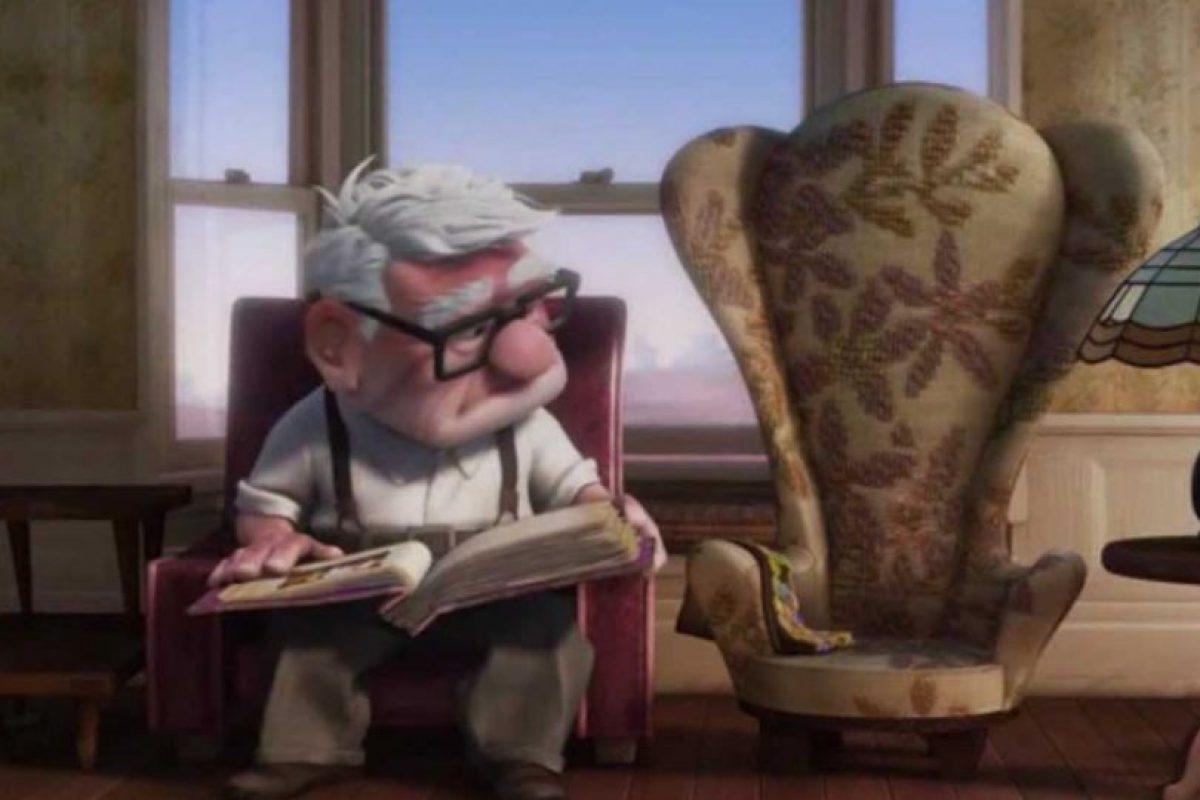 """Y deja solo a """"Carl"""". Y en cuatro minutos las lágrimas se asoman. Foto:vía Disney/Pixar"""