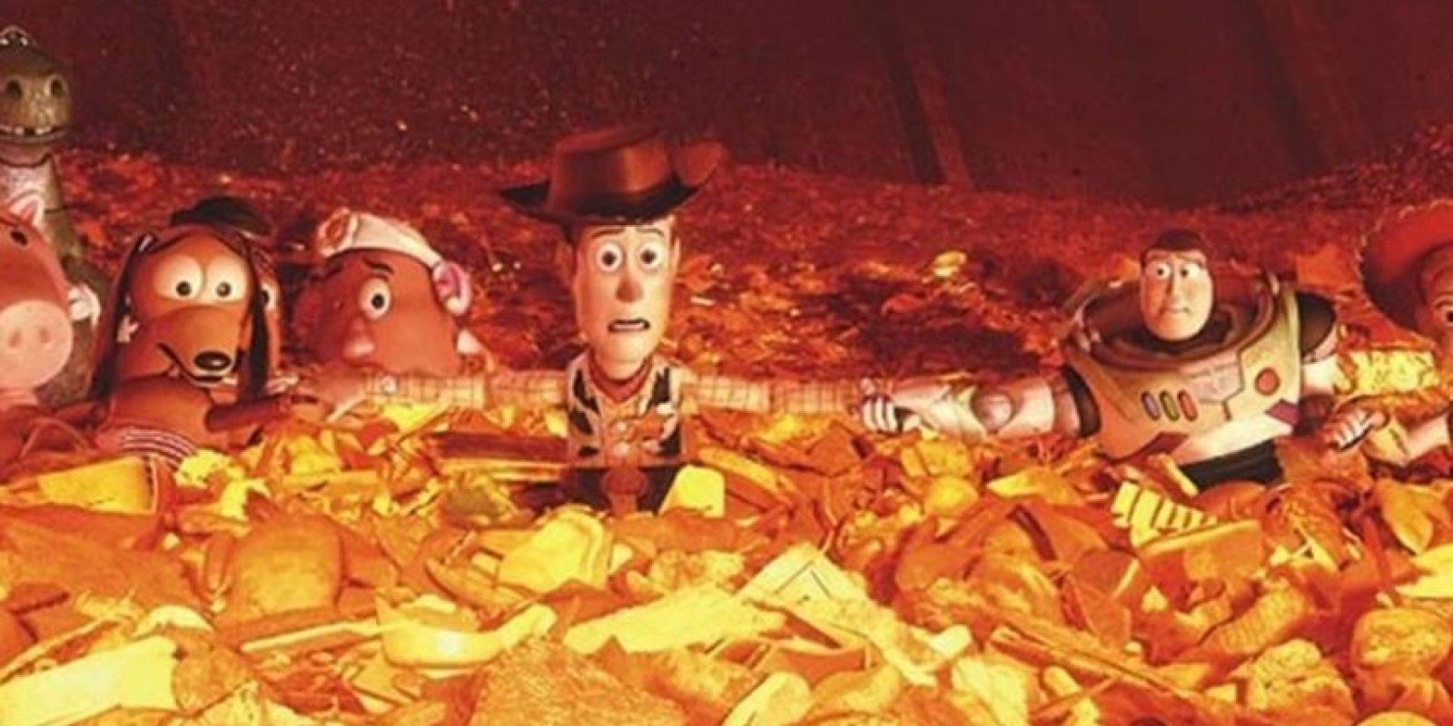 Todos se unen y se preparan para lo que será su fin. Foto:vía Disney/Pixar