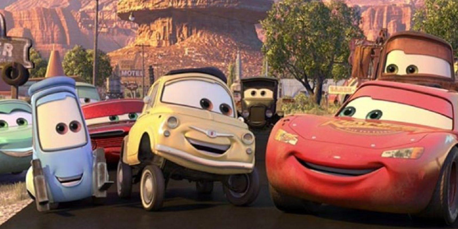 """12. Cuando en """"Cars"""", """"Rayo McQueen"""" se convierte en un verdadero residente de """"Radiador Springs"""". Foto:vía Disney/Pixar"""