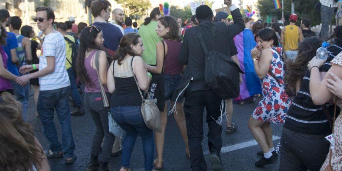 FOTOS. Ultraortodoxo apuñala a seis personas en el desfile del orgullo gay de Jerusalén
