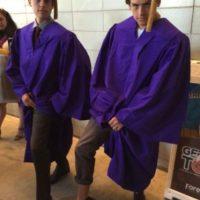 """Tras abandonar la franquicia """"Zack y Cody"""" de Disney, los gemelos sintieron ganas de desaparecer y enfocarse a sus carreras profesionales. Foto:vía twitter.com/colesprouse"""