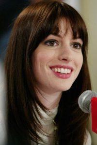 """9.- Cuando Hathaway recibió el guión, la carpeta incluía una nota con la frase: """"Favor de leerse con el alma""""."""