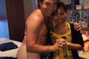 Cristian al desnudo, pues… Foto:vía Twitter