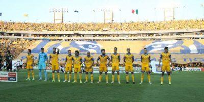 En el duelo en Monterrey, los Tigres salieron con mayor posición de balón. Foto:Vía facebook.com/tigresoficial