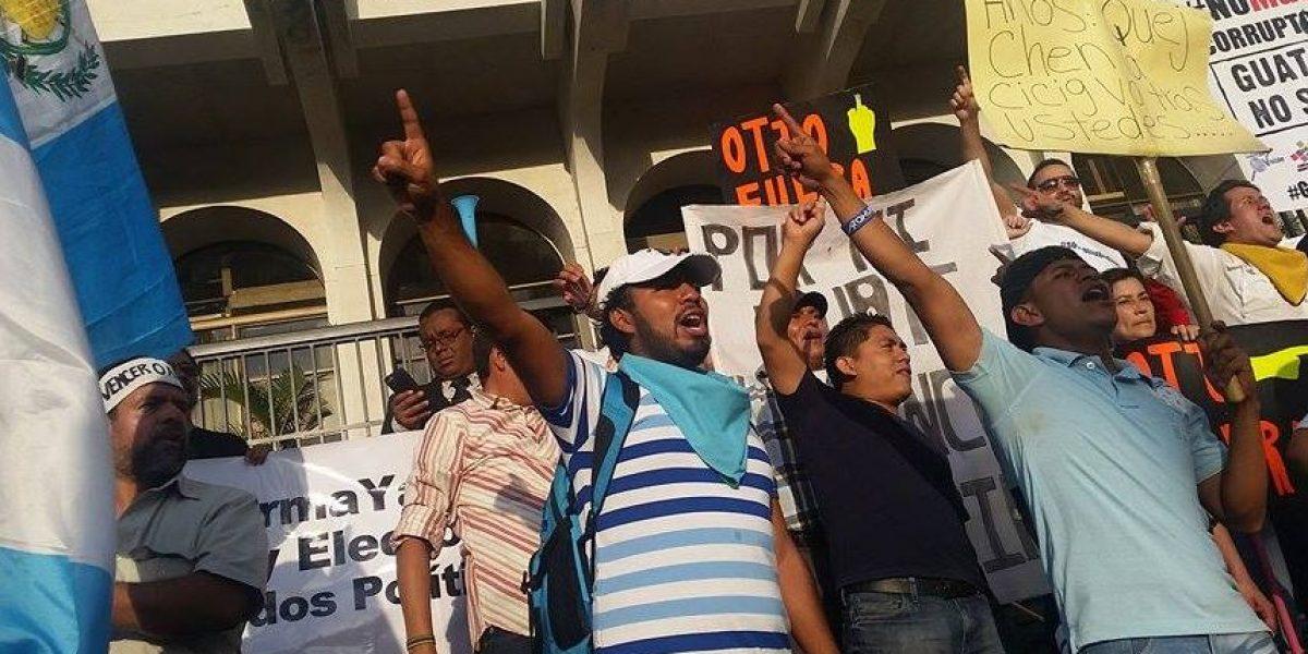 FOTOS. Guatemaltecos exigen frente a la CSJ que se aceleren los antejuicios