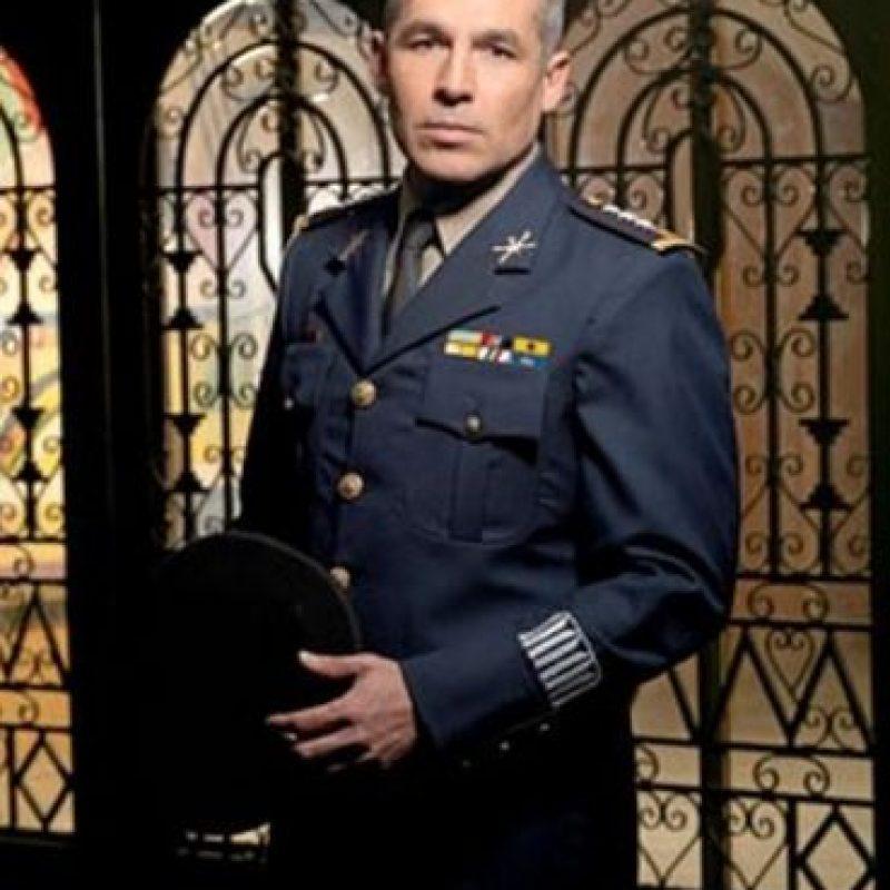 """General Jimenez """"El Letrudo"""" era José de Jesús Gutiérrez Rebollo , papel realizado por Juan Ríos Foto:Telemundo"""