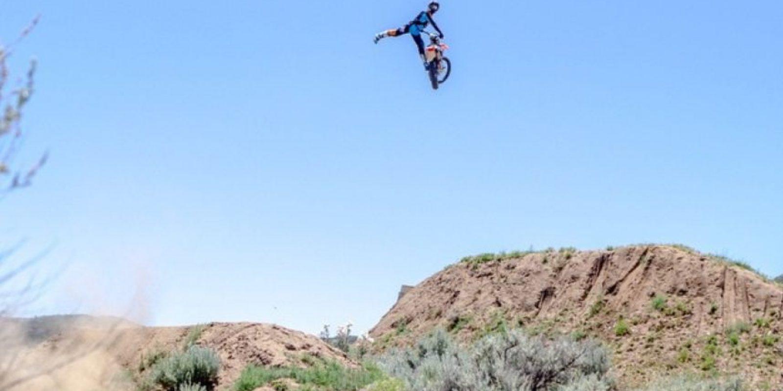Tiene el récord mundial de salto de longitud en motocicleta Foto:Vía instagram.com/robbiemaddison