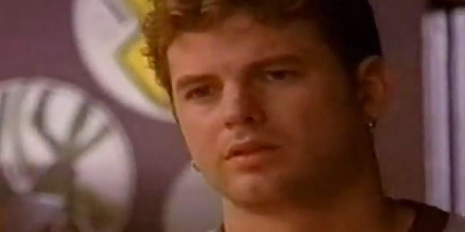 """Luego fue """"Greg"""" en """"One Three Hill"""", en 2004. Foto:vía Youtube/jshaines"""