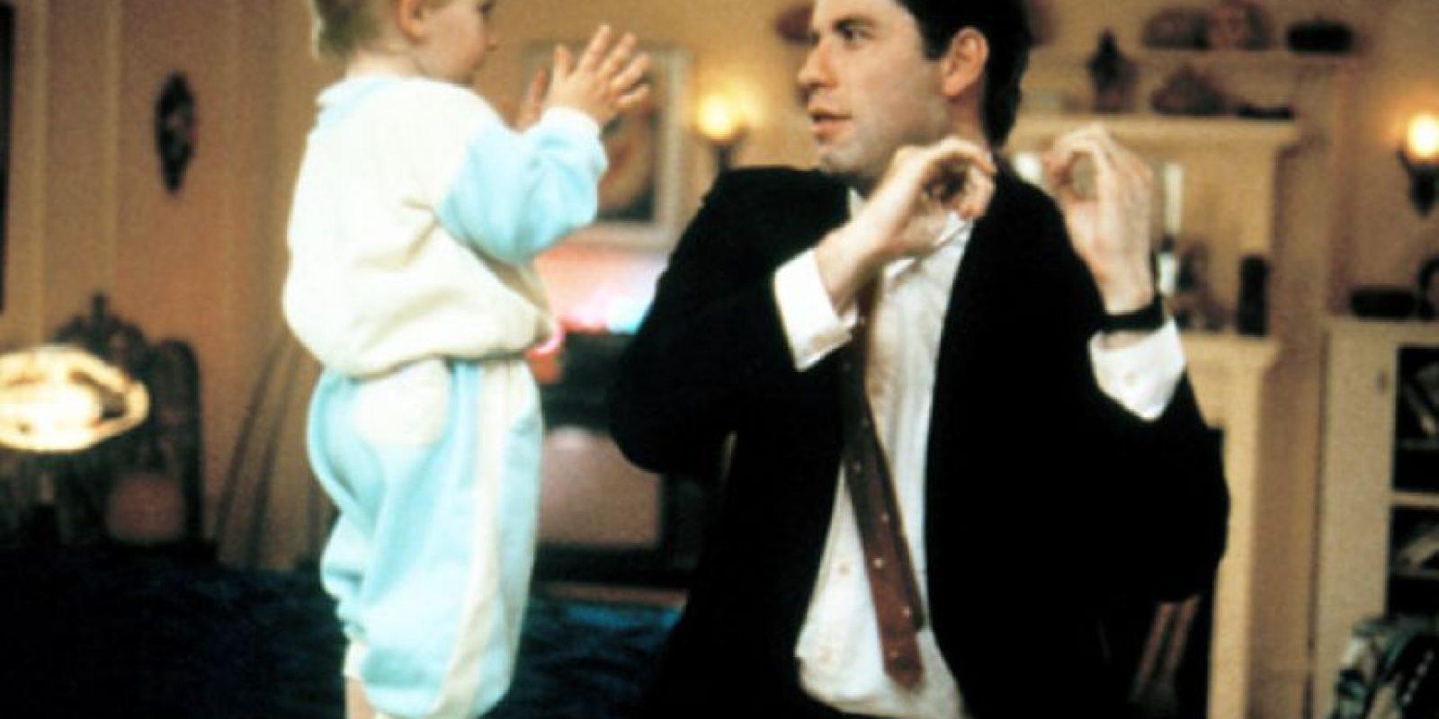 """Él era el adorable bebé de la trilogía de películas """"Mira quién habla"""". Foto:vía TriStar Pictures"""