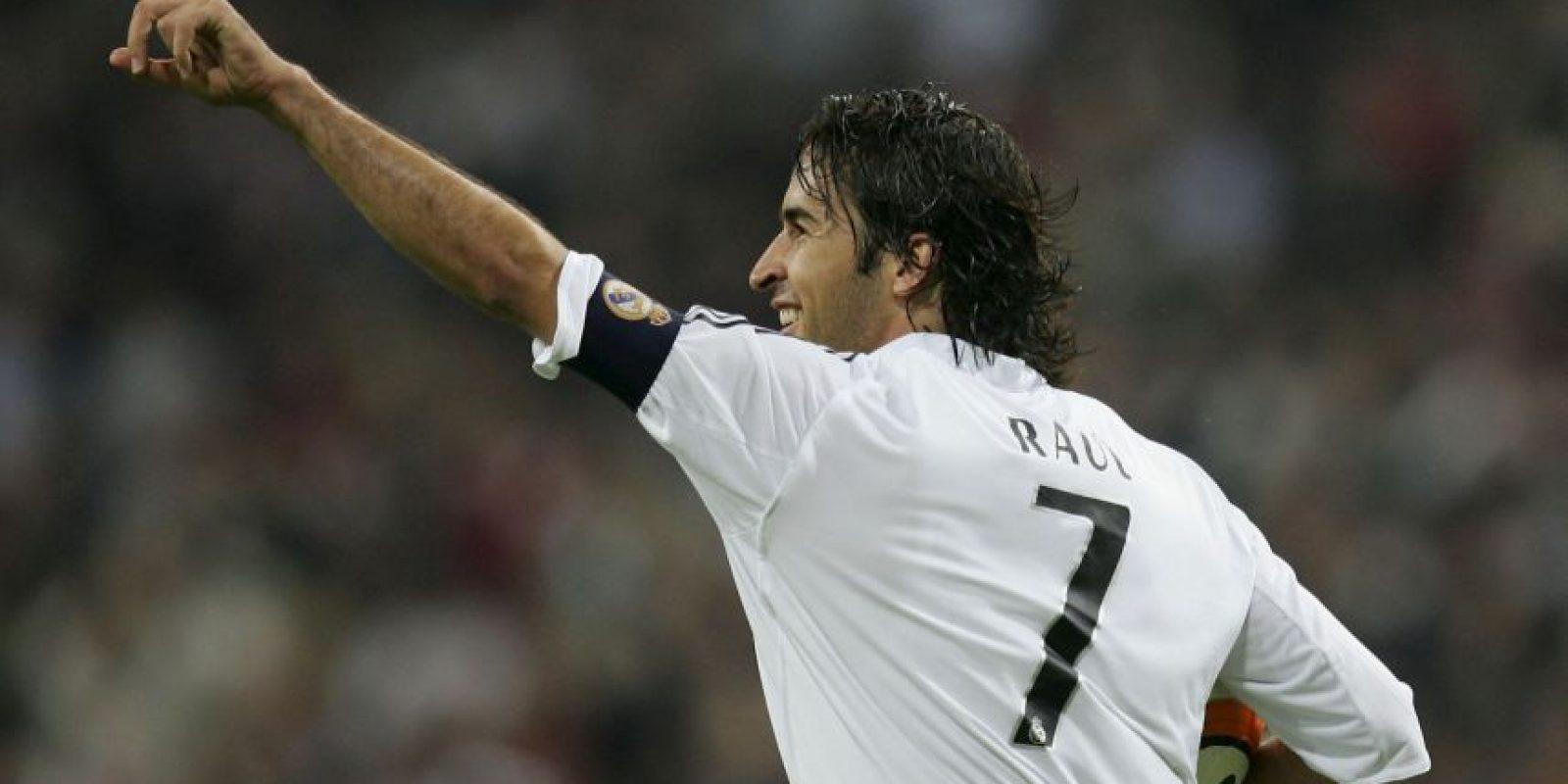 Cuando llegó al club merengue usó el 9, pero cuando Raúl salió en 2010, tomó su 7 y lo ha llevado con gran categoría. Foto:Getty Images