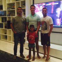 Si hay partido de fútbol, lo viven con amigos. Foto:instagram.com/cristiano