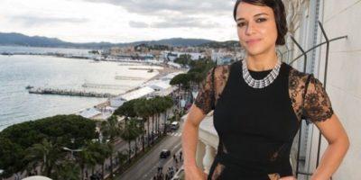 Captan a Michelle Rodríguez besando a una chica en un yate en Ibiza