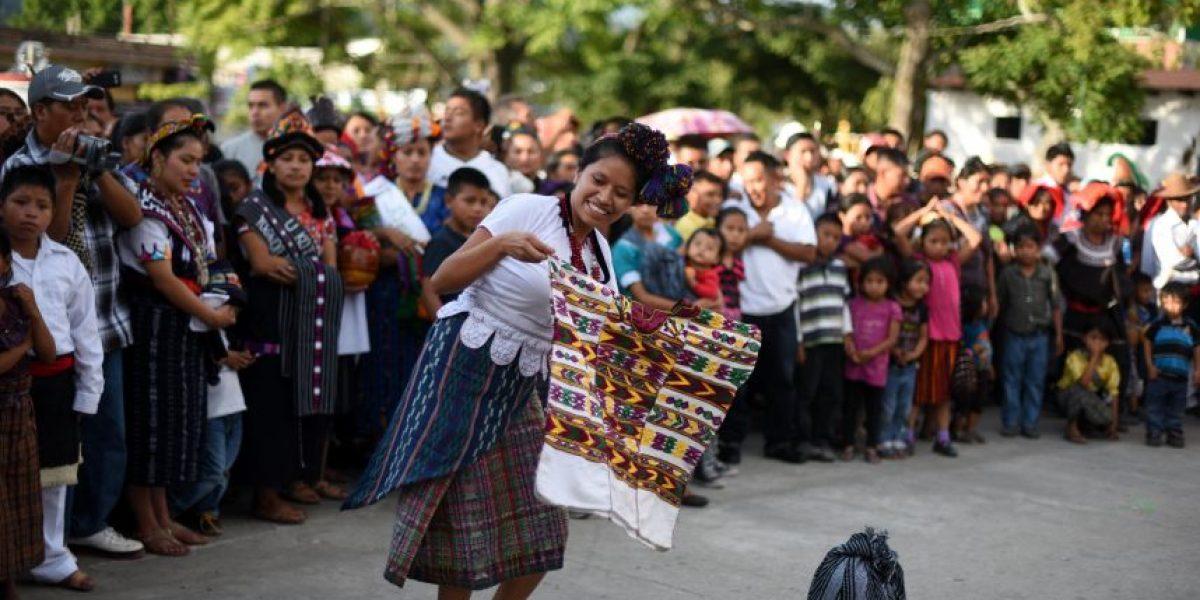 FOTOS. Con bailes patronales celebran su historia en el país