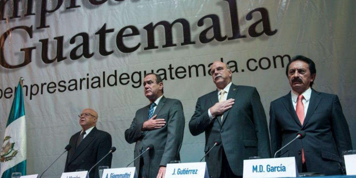 Las frases de los candidatos a la presidencia durante un debate empresarial