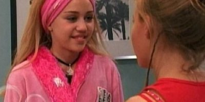 """Miley Cyrus, Interpretó a Miley Stewart, una joven que con una peluca rubia se convertía en la superestrella """"Hannah Montana"""" Foto:Disney"""