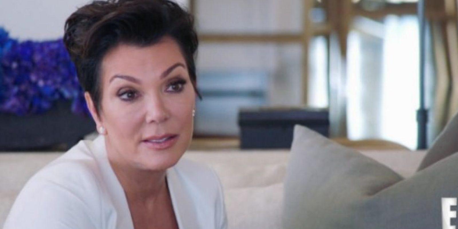 """En un avance de la serie """"I Am Cait"""", Kris Jenner le habla de sus sentimientos a Caitlyn. Foto:E! News"""