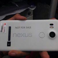 Según los rumores, LG sería la encargada de desarrollar y fabricar un sucesor para el Nexus 5 Foto:twitter.com/@MKBHD