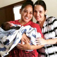 Es pareja del también peleador de artes marciales mixtas, Jacson Carvahlo, con quien tendrá un hijo. Foto:Vía instagram.com/kinberlynovaes