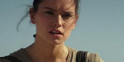 Rey, intrepretada por Daisy Ridley, es una especie de delincuente Foto:Lucasfilm