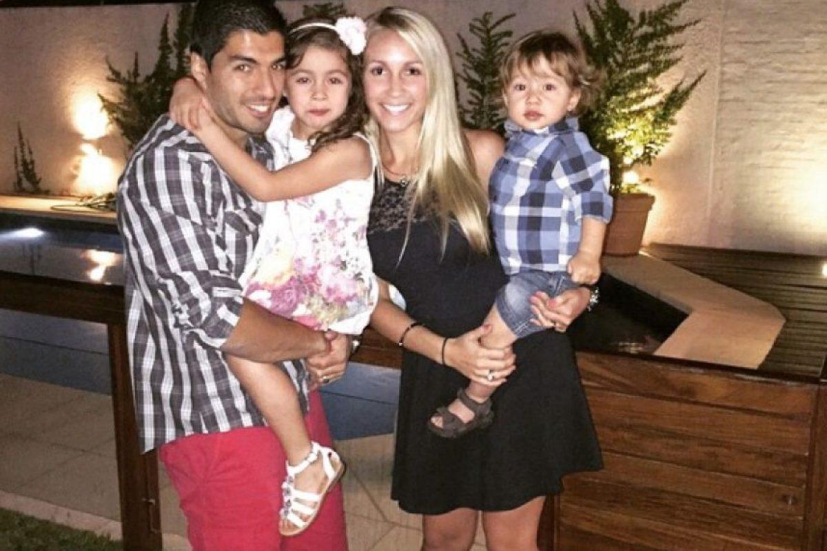 Esposa de Luis Suárez, delantero del Barcelona. Foto:Twitter