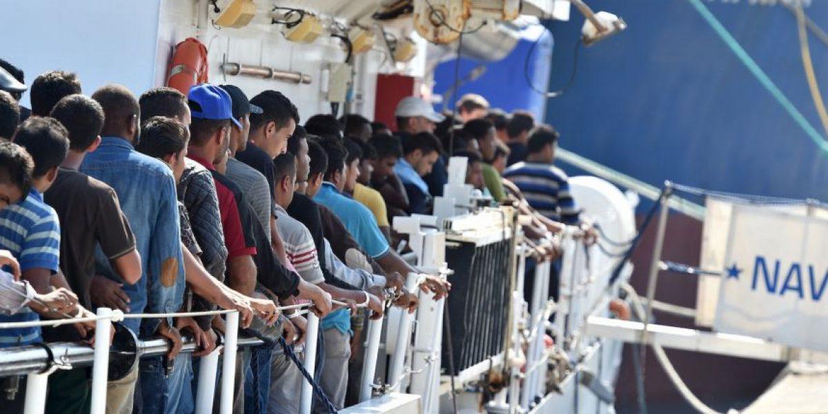 Más de tres mil inmigrantes piden ayuda en la frontera de Libia