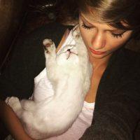 "1.9 millones de ""likes"" Foto:vía instagram.com/taylorswift"