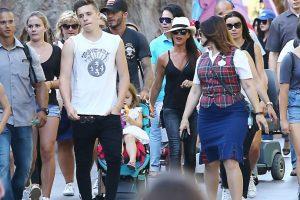 Los Beckham visitaron Disneyland para pasar un día lleno de diversión Foto:The Grosby Group