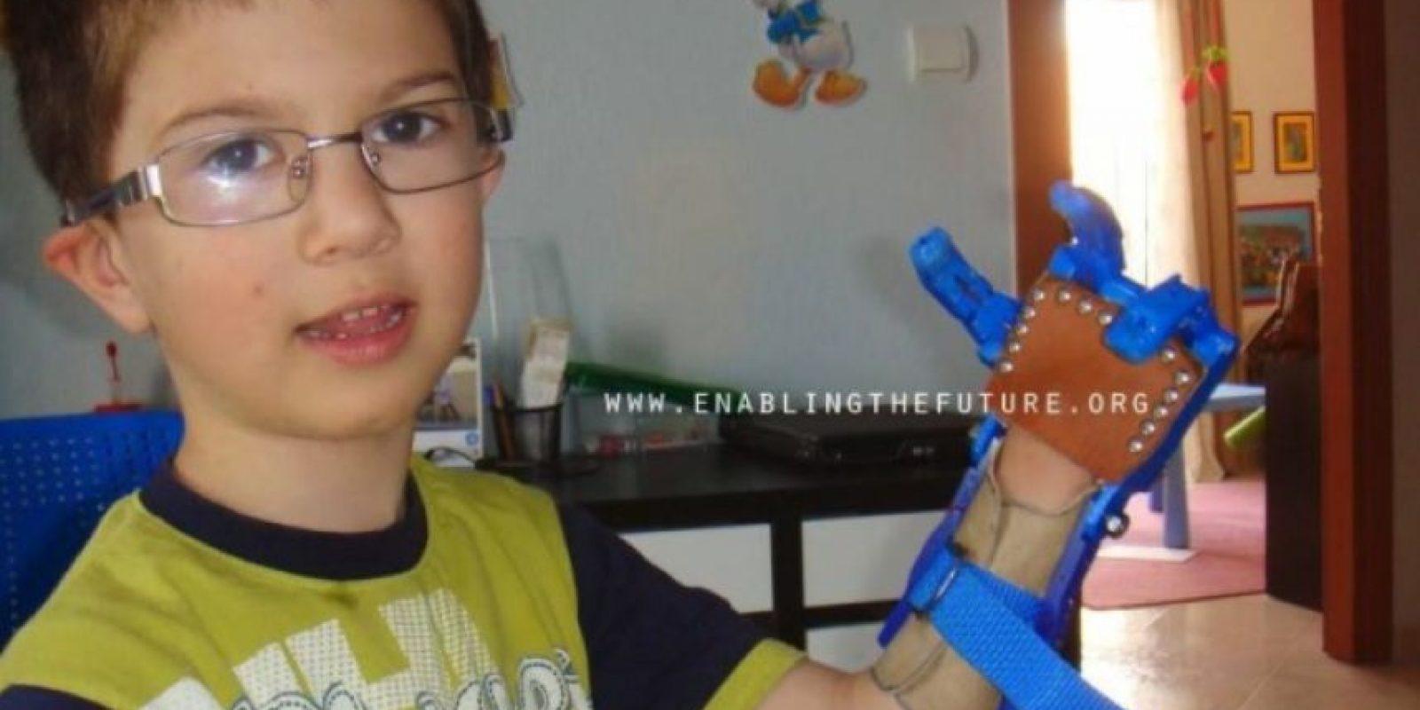 Otros regalos de e-NABLE para niños Foto:Facebook/E-Nable