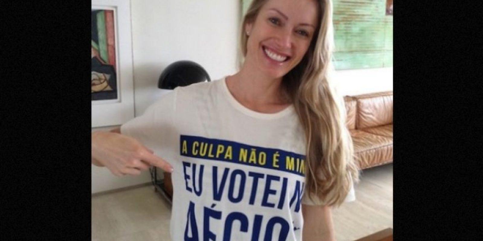La que pudo haber sido primera dama de Brasil nació en la comunidad de Rio Grande do Sul, en donde comenzó su vida profesional como modelo para fotografías. Foto:Instagram.com/aecionevesoficial