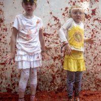 Para que los más pequeños también puedan disfrutar de esta fiesta en 2013 se creo la Tomatina infantil. Foto:AFP