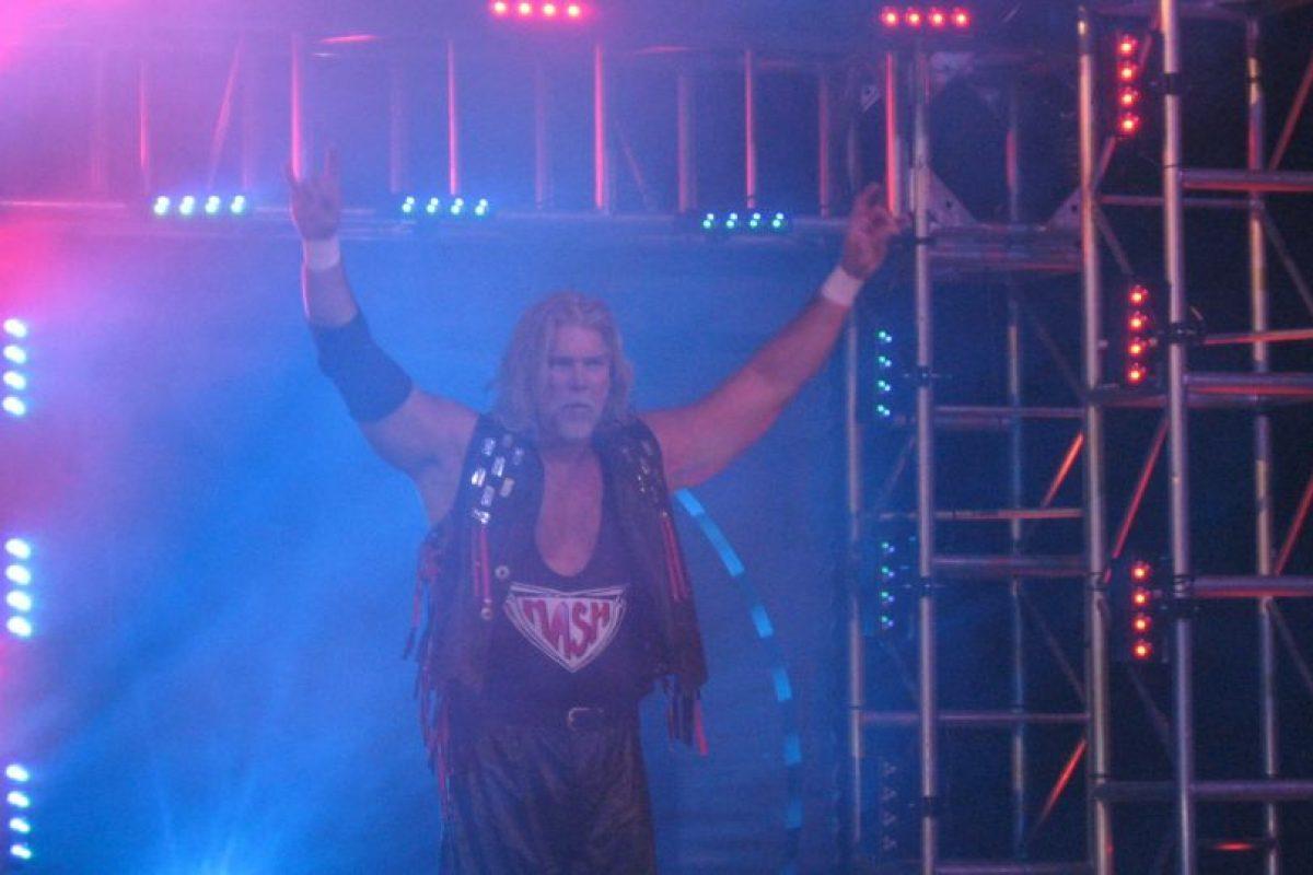 Con 56 años, participó en el Royal Rumble de la WWE de 2014 Foto:WWE