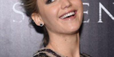 Jennifer Lawrence explicó cómo llegó a la cama con la madre de las Kardashian