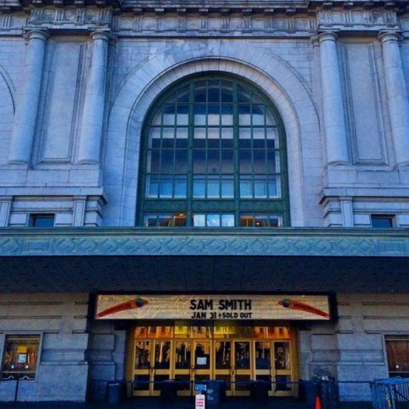 La fachada del Bill Graham Civic Auditorium. Foto:instagram.com/lagunaboo