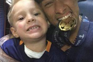 Sin embargo, Neymar tendrá a su familia completa ya, pues Davi Lucca y su madre se instalaron en Barcelona donde a partir de ahora vivirán. Foto:Vía instagram.com/neymarjr