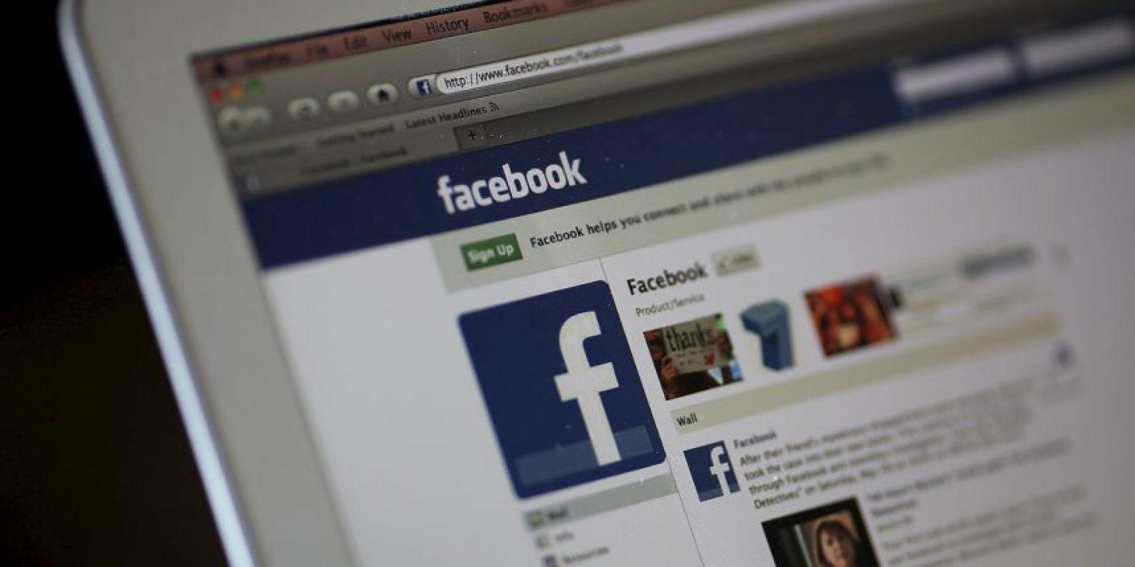 Se conectan a Facebook a través de sus dispositivos móviles (86% según datos de Facebook de enero de 2015) Foto:Getty Images