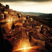 Este pueblo de la provincia de Palermo obtuvo fama mundial por regalar sus casas Foto:Instagram.com/drinkwater_2001