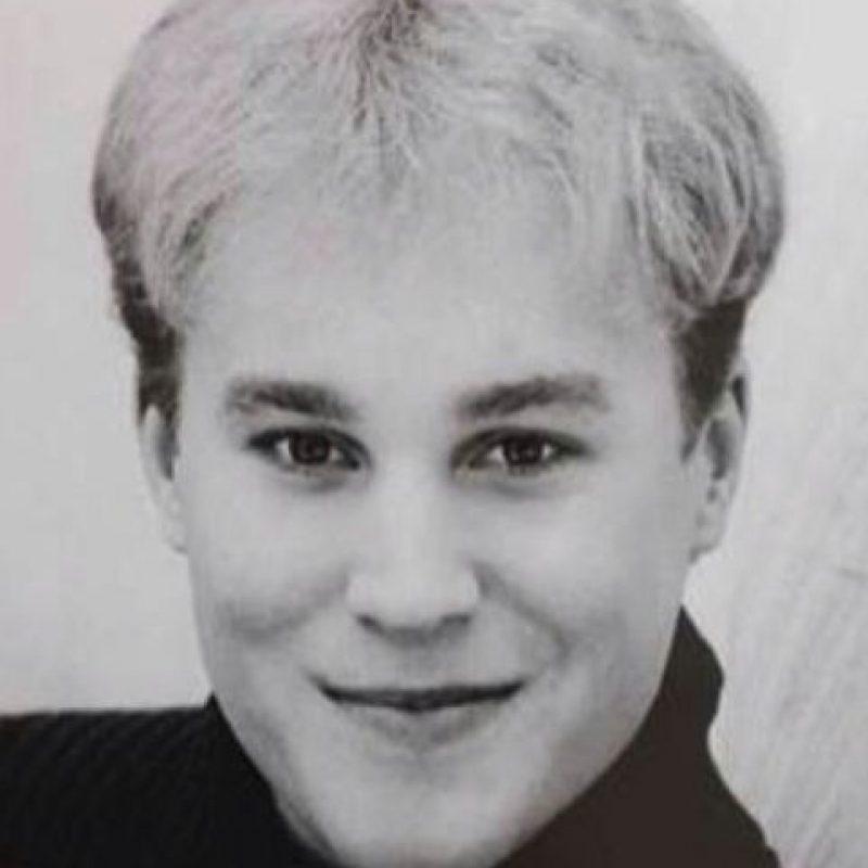 """""""Toby"""", invirtió todo su dinero en cirugías para parecerse a su cantante favorito. Foto:vía twitter.com"""