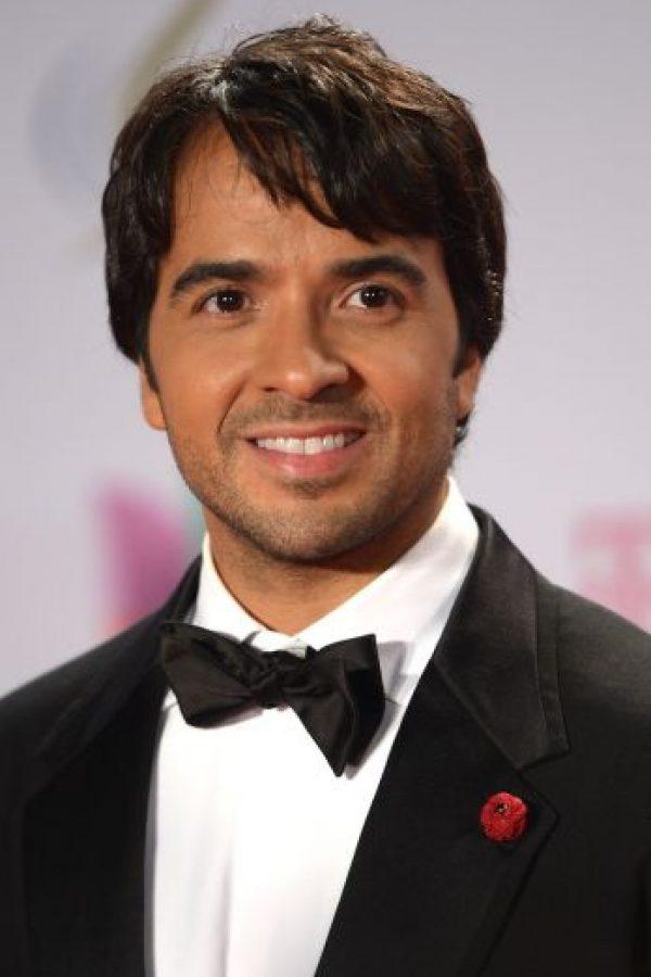El cantante boricua se limitó a impulsar la unión de los latinos con la siguiente imagen. Foto:vía instagra.com/luisfonsi